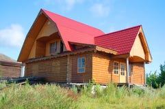 Traditionelles russisches landwirtschaftliches Haus Lizenzfreie Stockbilder