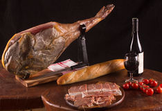 Traditionelles Spanisch Jamon stockbilder