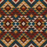 Traditionelles Stammes- aztekisches nahtloses Muster auf der Wolle strickte te Stockfotografie