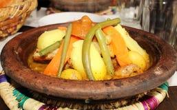 Traditionelles tagine in einem marokkanischen Restaurant Lizenzfreies Stockbild