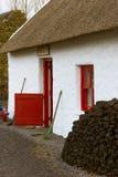 Traditionelles thatched Häuschen kerry irland Lizenzfreies Stockfoto