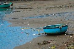Traditionelles vietnamesisches Boot im Korb formte, Phan Thiet, Vietnam Stockbild