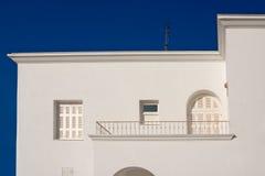 Traditionelles weißes Haus in Santorini, Griechenland Lizenzfreie Stockfotos