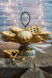 Traditionelles Weihnachten zerkleinern Torten stockfotografie