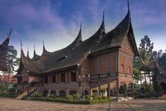 Traditionellt etniskt hus Royaltyfri Fotografi