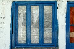 Traditionellt fönster i Grekland Royaltyfri Fotografi