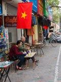 Traditionellt gatakafé Vietnam fotografering för bildbyråer