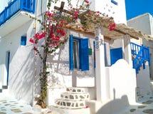 Traditionellt grekiskt hus på den Mykonos ön Arkivfoton