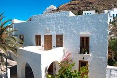 Traditionellt grekiskt hus på den Sifnos ön Arkivfoton