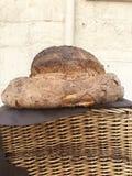 Traditionellt homebaked bröd i Matera fotografering för bildbyråer