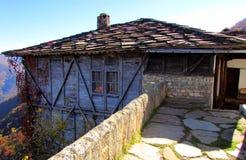 Traditionellt hus Royaltyfria Foton