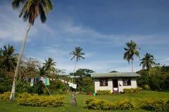Traditionellt hus av den Navala byn, Viti Levu, Fiji arkivfoton