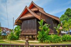 Traditionellt hus på Jertih, Besut Terenggau arkivfoto