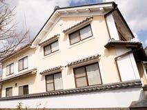 Traditionellt japanskt handels- hus Royaltyfri Foto