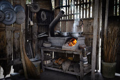 Traditionellt kök i den Ben Tre porvincen arkivfoton