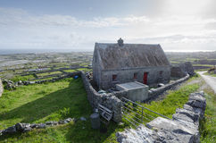 Traditionellt lantbrukarhem, inismeain, aranöar, Irland Royaltyfria Foton