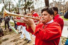 Traditionellt ?r den Catalan showen det m?nskliga tornet som traditionellt byggs i festivaler p? Catalonia royaltyfria foton