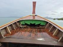 Traditionellt träfartyg i trang, Thailand Royaltyfria Foton