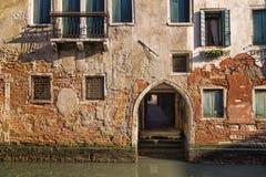 Traditionellt Venetian hus Arkivfoto