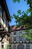 Tradizionali tipici alsacien la casa della città Immagini Stock