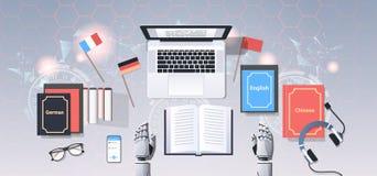 Traduza o bot no robô moderno do local de trabalho que traduz o ângulo superior do conceito da inteligência artificial da traduçã ilustração royalty free