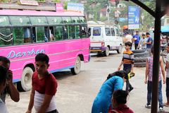 Traduzione: passando il confine indiano da Sonauli - Belahiya fotografie stock