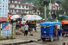 Traduzione: passando il confine indiano da Sonauli - Belahiya fotografia stock
