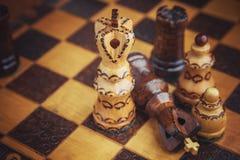 Tradycja szachy drewniane postacie Fotografia Stock