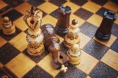 Tradycja szachy drewniane postacie Obraz Stock
