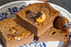 Tradycja tort: plasterki słodkiego kasztanu tort Obraz Stock