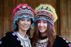 Tradycjonalnie ubierająca Mhong wzgórza plemienia kobieta zdjęcia royalty free