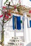 Tradycyjna architektura Oia wioska w Santorini wyspie Fotografia Stock