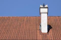 Tradycyjna czerwieni płytka na dachu Fotografia Stock