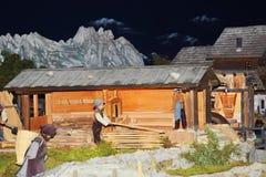 Tradycyjna halna sceneria z zabawkami, Dolomiti góry Obraz Royalty Free