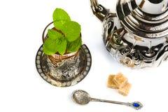 Tradycyjna język arabski mennicy herbata Zdjęcie Stock