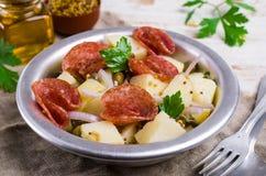 Tradycyjna kartoflana sałatka zdjęcia royalty free
