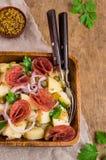 Tradycyjna kartoflana sałatka obraz stock