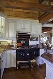 Tradycyjna kuchnia z obsady żelaza agi kuchenką Zdjęcia Stock
