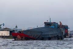 Tradycyjna naczynie delta Mekong Wietnam obrazy stock