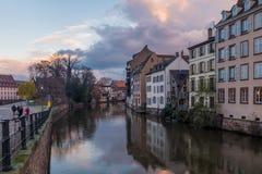 Tradycyjna połówka cembrujący domy Mały Francja zdjęcie stock