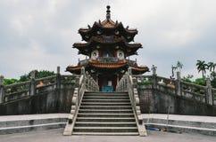 Tradycyjna punkt zwrotny pagoda lokalizować w centrum park w Tajwan Fotografia Stock