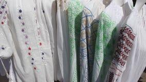 Tradycyjna romanian bluzka - ie zbiory wideo