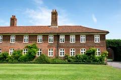 Tradycyjna stara brytyjska cegła domu powierzchowność Zdjęcia Royalty Free