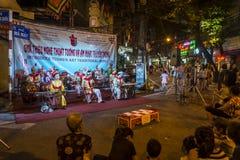 Tradycyjna theatre rozrywka w Starej ćwiartce, Hanoi, Wietnam fotografia royalty free