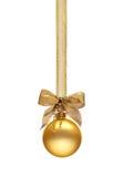 Tradycyjna złota Bożenarodzeniowa piłka Zdjęcie Stock