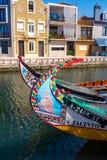Tradycyjne łodzie na kanale w Aveiro, Portugalia Obraz Stock