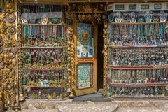 Tradycyjne pamiątki i srebny jewelleries hindusa sklep Obrazy Stock