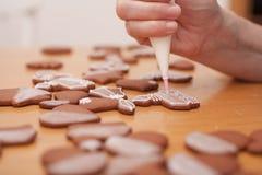 Tradycyjni domowej roboty boże narodzenia piernikowi Obrazy Stock
