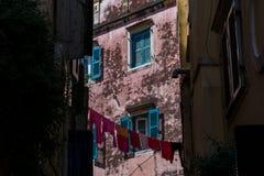 Tradycyjni domy w starym miasteczku Corfu wyspa, Grecja Obraz Royalty Free