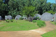 Tradycyjni domy w Swaziland obraz royalty free